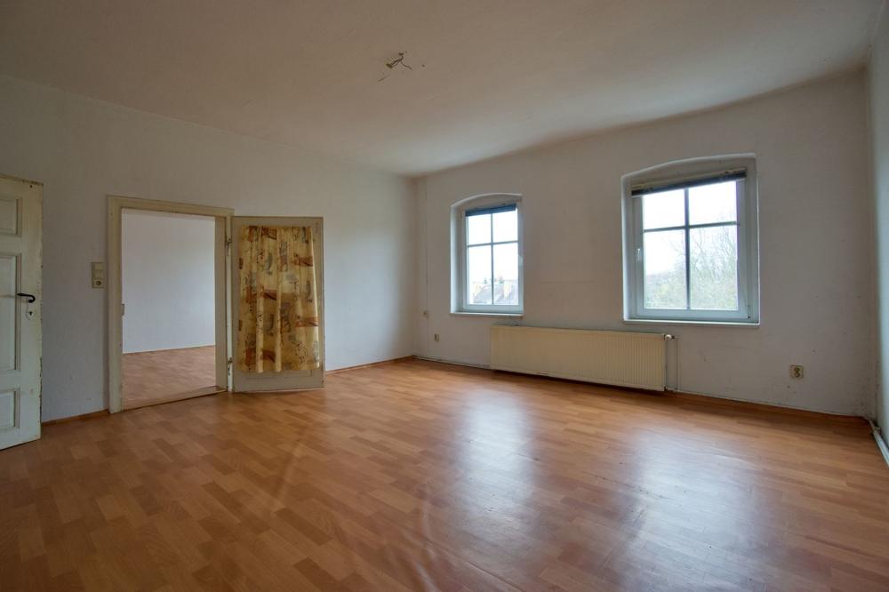 2 Raum Wohnung 3.OG links