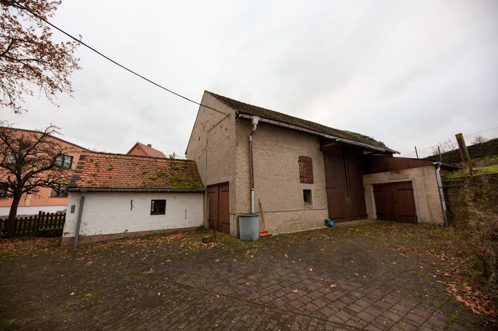 Hof Scheune Garage